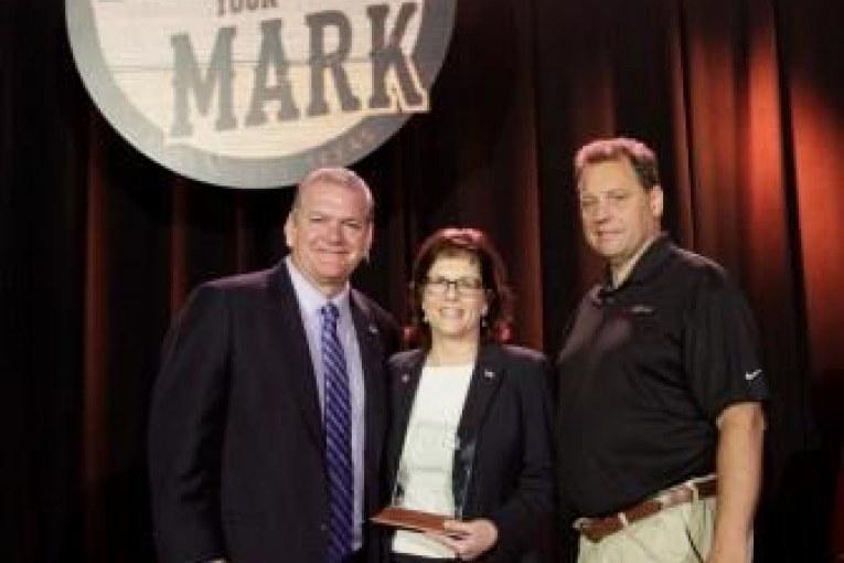 NWFA Presents New Women's Industry Network Award