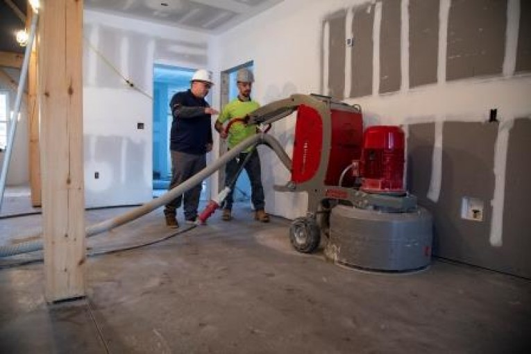 INSTALL Members Donate Time and Floorcovering Skills for Charity